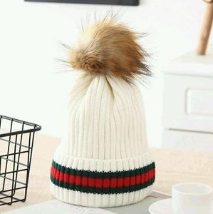 Accessories - Pom Pom Hat